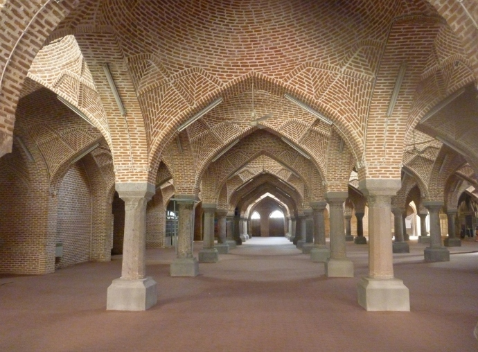 Breathtakinfg architecture!. The shabestan of the Jameh Mosque in Tababriz