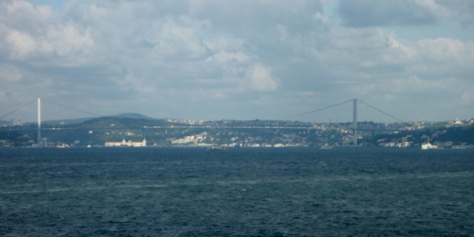 Bogazici Bridge over the Bosphorus - Europe on the left, Asia on the right!